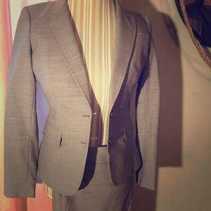 Banana Republic Gray Suit Blazer 4P Like New